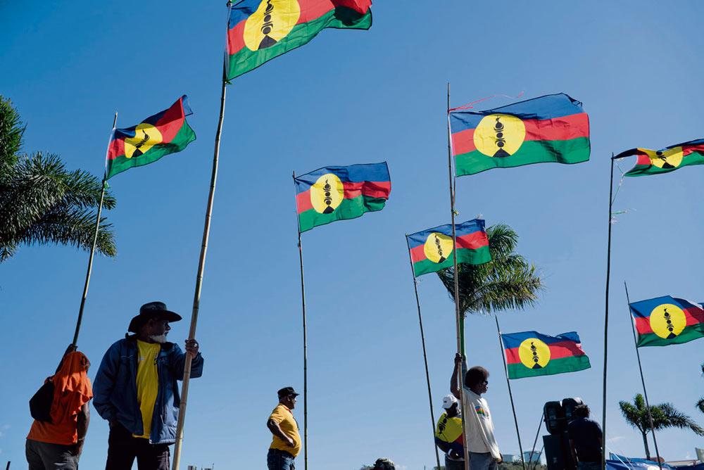 21 сентября началась подготовка ко второму голосованию по вопросу о самоопределении. Поведение правительства очень неоднозначно.