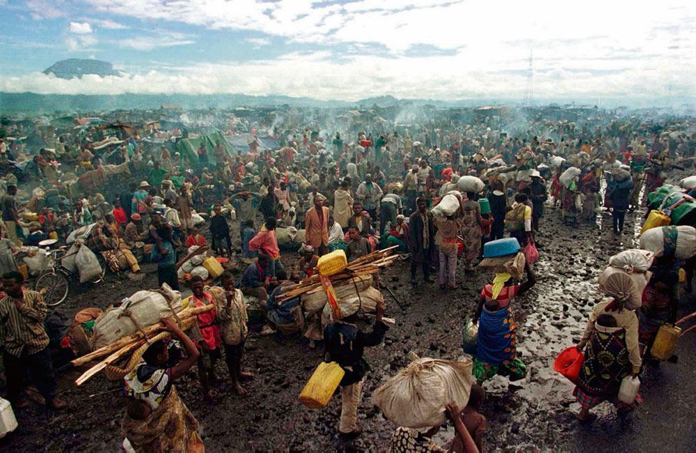 Бывший глава организации «Врачи без границ» доктор Жан-Эрве Брадоль работал в Кигали в 1994 году. В издательстве Национального центра научных исследований (CNRS) вышла его книга «Геноцид и массовые преступления». Наш корреспондент побеседовал с автором.