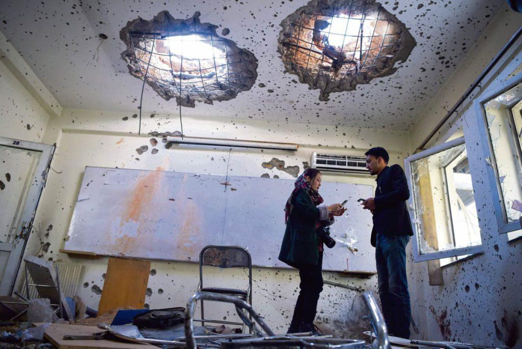 В результате террористического акта, совершённого 2 ноября на территории университетского городка в столице Афганистана, погибли по меньшей мере 22 человека. Ответственность за нападение взяла на себя ДАИШ (арабское название запрещённой в России террористической организации «Исламское государство» (ИГИЛ)).