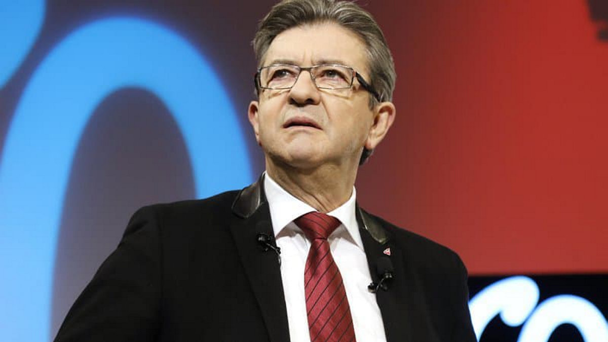 Основатель партии «Франция непокорённая» (ФН) в третий раз вступает в президентскую гонку и заявляет о себе как о «гаранте стабильности» для левых. Однако «окончательная» заявка будет оформлена только после получения 150 000 подписей граждан.