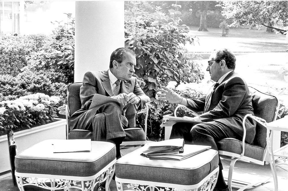 Одна американская неправительственная организация опубликовала сборник сенсационных документов, проливающих свет на стратегию Ричарда Никсона и Генри Киссинджера по свержению Сальвадора Альенде.
