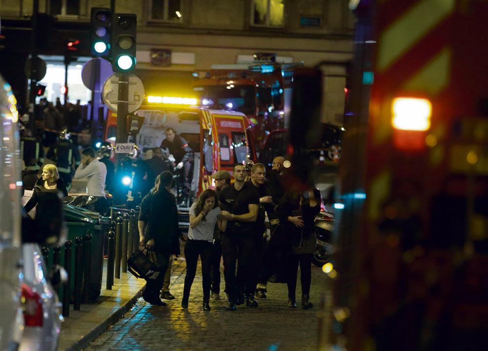Сегодня, когда после 13 ноября 2015 года прошло уже пять лет, угроза терроризма во Франции по-прежнему остаётся очень высокой. События в Париже, Конфлан-Сент-Онорине и Ницце показали, что частично изменилась форма атак, но предотвратить их стало ещё сложнее.