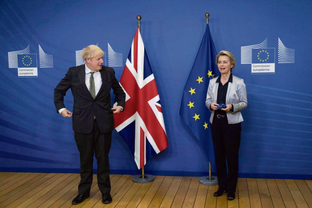 Назначенный на 13 декабря дедлайн, чтобы урегулировать спорные вопросы между Европейским союзом и Великобританией, в итоге был в очередной раз продлён. Всё ещё остаётся желание найти компромисс до 31 декабря.