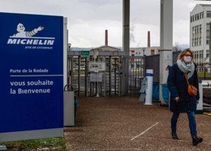6 января руководство французской компании, ведущего производителя шин, объявило о сокращении во Франции 2 300 рабочих мест. При этом прибыль этой промышленной группы растёт, несмотря на кризис.