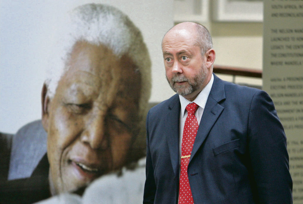 Скандал в стране Манделы. Вутер Бассон, известный как «Доктор Смерть» во времена расистского режима, по-прежнему работает кардиологом в Капе.