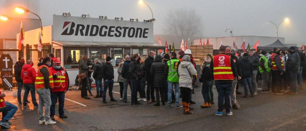 Завод Bridgestone: подписаны условия увольнения