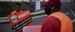США: открыть ячейку профсоюза в Amazon не получилось