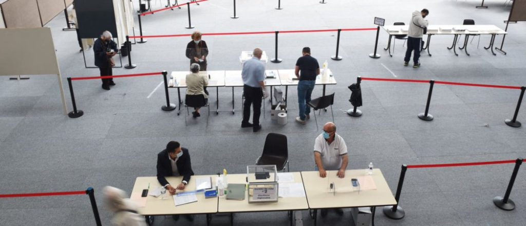 Очередной рекорд неявки на выборах во Франции