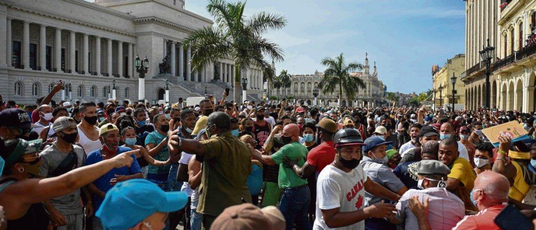 Куба: все говорят о беспорядках, никто не говорит о блокаде